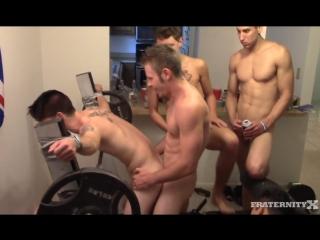 Гей видео на gayru.tv