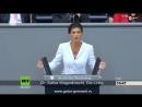 Сара Вагенкнехт Только больной может утверждать что Путин захватит Берлин
