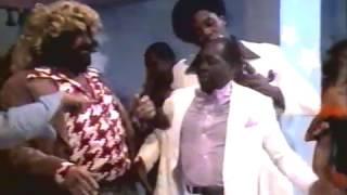 Os Trapalhões - Didi e os valentões da casa de samba