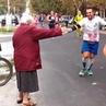 Grandma - Hi Bich 🖐