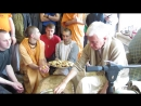 Е.М.Чайтанья Чандра Чаран Прабху в ОМске***Прасад***13.05.18.