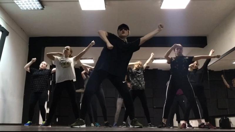 VILYA LIS CHOREO | DANCEHALL