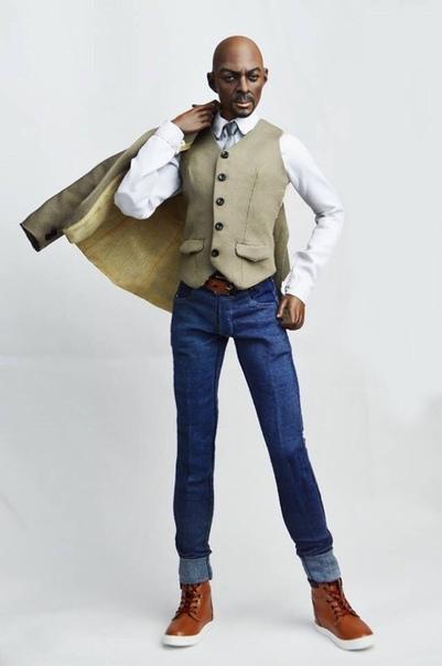Игрушечная компания сделала дорогую куклу Идриса Эльбы, непохожую на актера Британская игрушечная компания Emperis опубликовала фото новой куклы, сделанной по образу Идриса Эльбы. Согласно