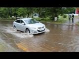 MVI_1873  Великий  потоп.  Тихвин.  Торговый  центр