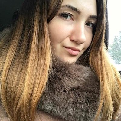 Юля Антоненко