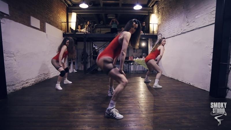 Summer Session `18 by SMOKY STUDIO   TWERK   Choreography by Kris Kravcova