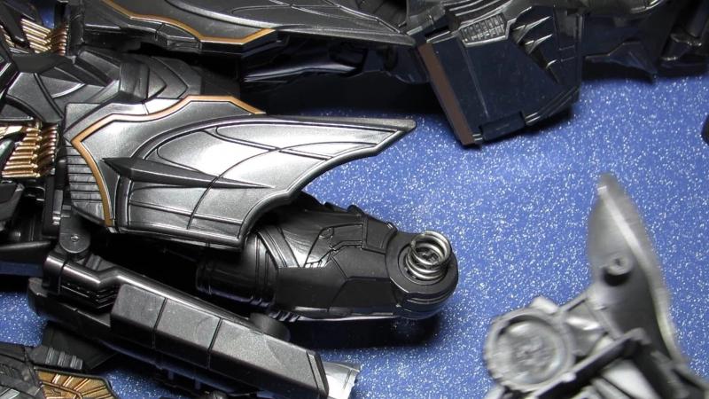 Поломки ваших любимых роботов Оптимус Прайм, Мегатрон, Валькирия ВФ-01