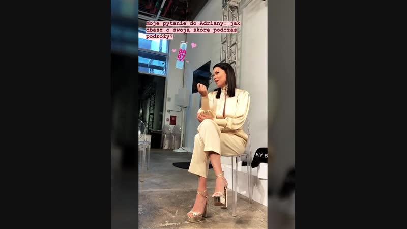 Adriana LimaxMaybelline MeetGreet (9 videos em 1)