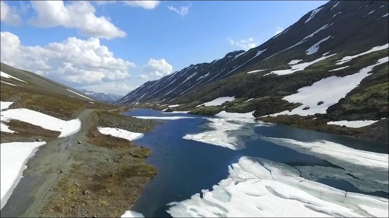 Озеро Длинное. Кольский полуостров