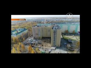 Депутат Думы Югры Андрей Филатов и глава Лангепаса Борис Сурцев контролируют строительство жилого дома