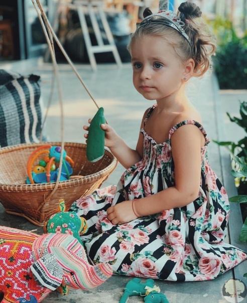 Анна Хилькевич поделилась фото старшей дочки Ариши