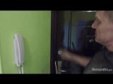 Как облагородить стык входной двери со стеной
