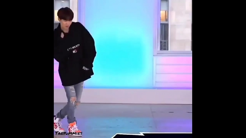 Proof that yoongis tidy dance goes with everything