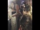 Riley Reid тусит на рэп батле с негром и вертит попой перед ним, вписка секс жопы сиськи