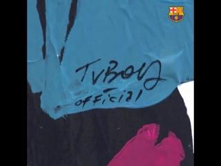Новый арт с Месси на улицах Барселоны!