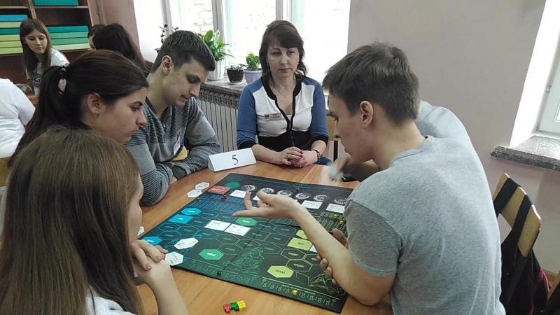 Турнир по финансовой игре Не в деньгах счастье среди педагогов и студентов БГК
