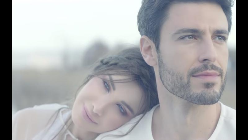 Nancy Ajram El Hob Zay El Watar Music Video نانسي عجرم الحب زي الوتر فيديو كلي