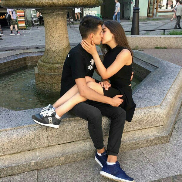 Целующиеся пары без лица картинки » Портал современных аватарок и ... | 600x600