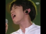 baekhyun said let me take my earpiece off and fuck it up -.mp4