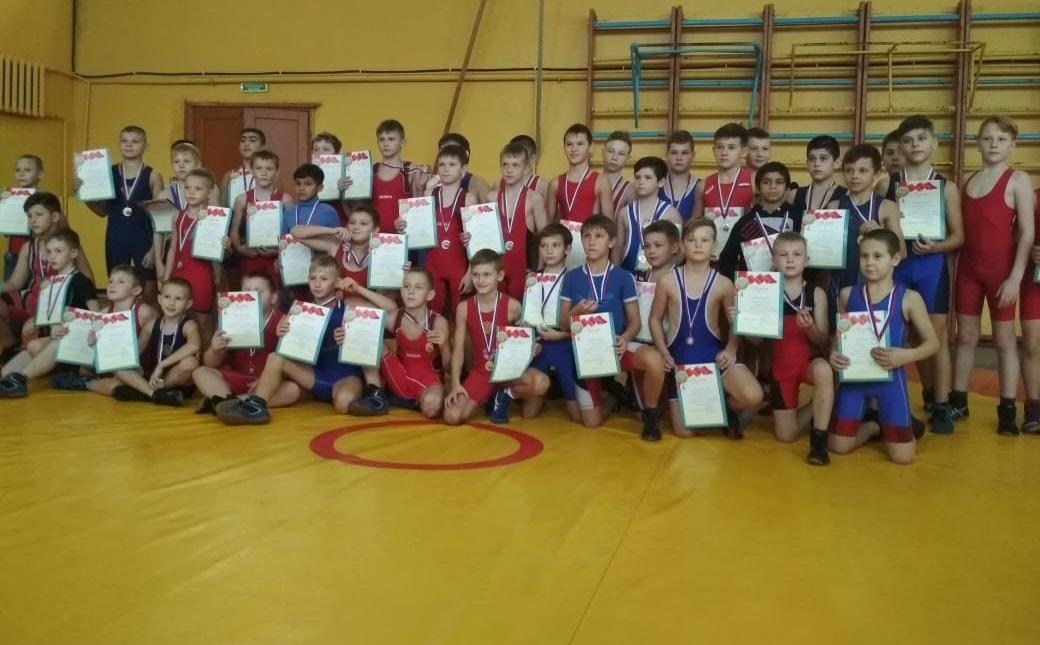 По итогам соревнований победителями стала команда «Борцов», второе место у команды «Легкоатлетов» и третье место у команды «Футболистов».