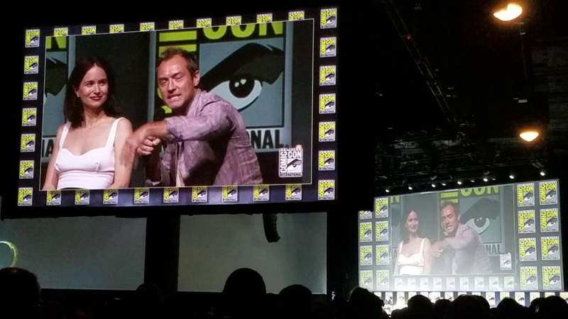 Jude Law Talks Young Dumbledore Crimes of Grindelwald Fantastic Beasts SDCC Comic-Con 2018