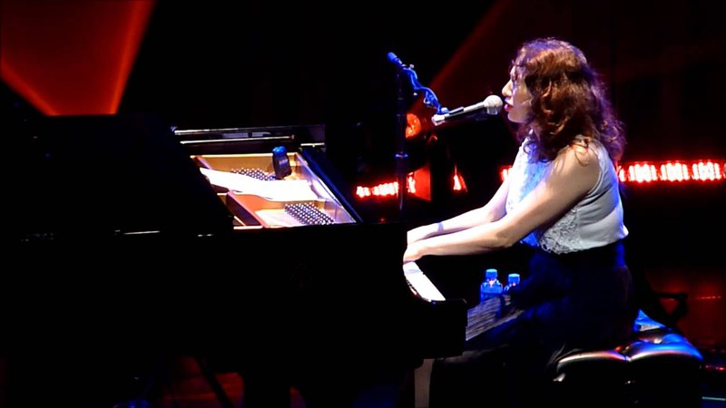 Regina Spektor Firewood Live @ Paradiso 31 07 2013