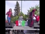 Танцевальная пауза от Человека паука и Дэдпула (VIDEO ВАРЕНЬЕ)