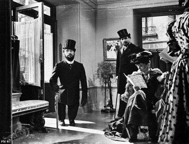 Два художественных фильма о Анри Тулуз-Лотреке 1. «Мулен Руж»/Moulin Rouge (1952)Музыкальный фильм режиссёра Джона Хьюстона по собственному сценарию, основанному на одноимённом романе Пьера Ла