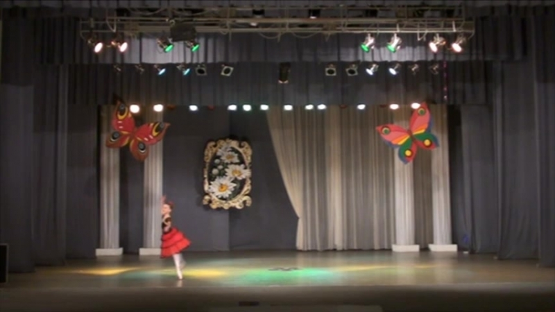 24 - Соло Китри из балета Дон-Кихот (Екатерина Исаева - средняя группа)