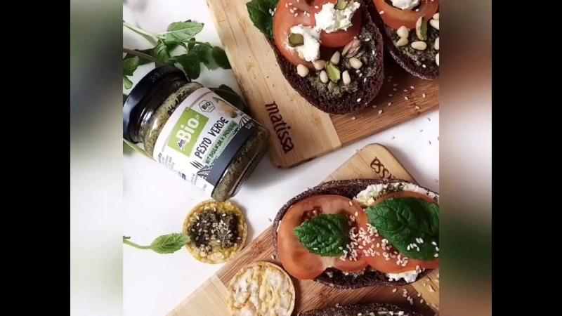 Рецепт очень вкусных бутербродов с соусом Pesto от OrganicShop.me
