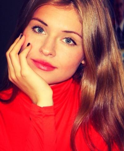 Анна Сухотерина