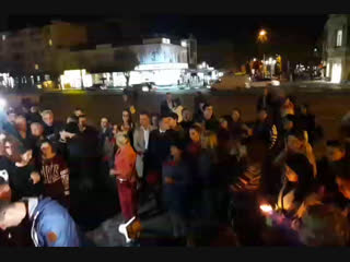 Траурная акция памяти жертв в колледже Керчи в Симферополе