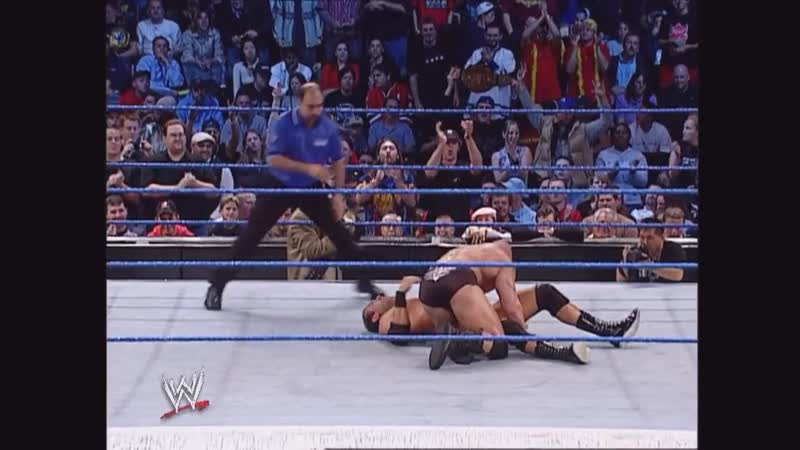Undertaker destroys Brock Lesnar SmackDown 10.17. 2002