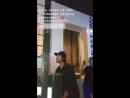 Джаред Падалеки играет в баскетбол на открытии бара Stereotype в Остине