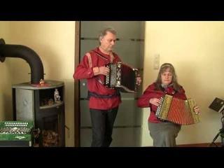 Korobushka - Коробейники - mit Handharmonika Harmona + Goldbrand in AD