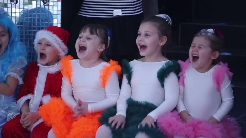 Новый год в детском саду 3-камерная съемка!
