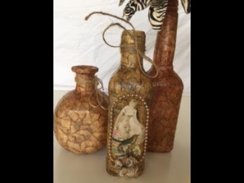 Garrafa decorada com fita crepe, pasta de sapato e decoupage. Decorated bottle with masking tape