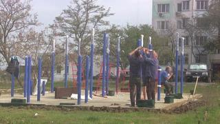 Старое ШГС.Керчь.Верхний Солнечный сегодня.Новая детская площадка.