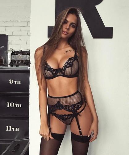 Sex in suspenders