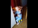 Любимчик любит учить стишки)))