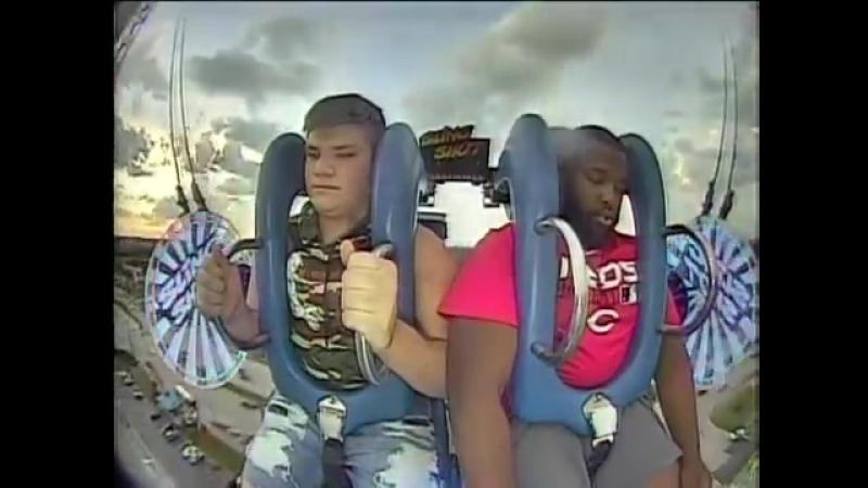 Friends Regret Riding Slingshot Ride - 994862-4
