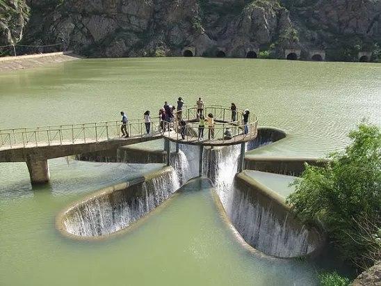 Водозабор водохранилища на реке Воротан