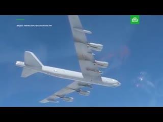 Истребители Су-27 против американского бомбардировщика