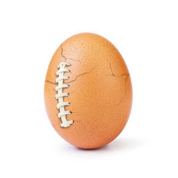 Как все и предполагали, история с яйцом это просто реклама.