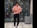 танцы стеснительного мальчика