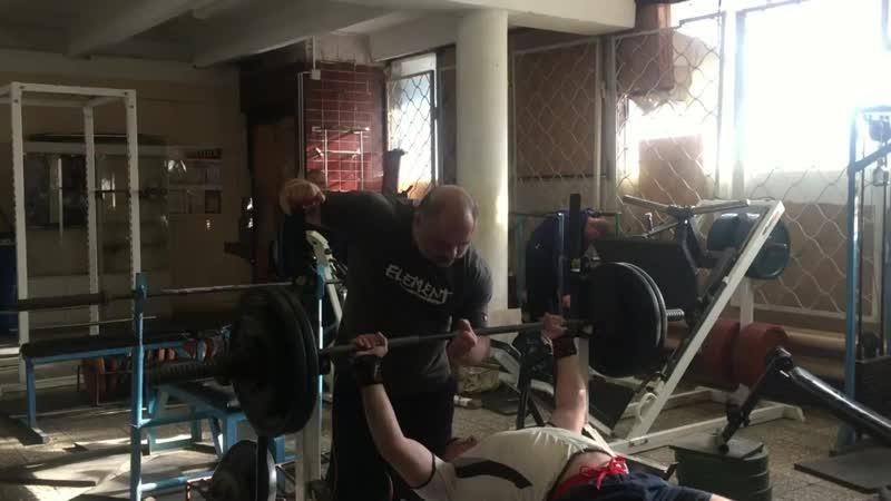 Дядя Вова жим 107 5 1 110 1 собств вес 82 кг возраст 43 года