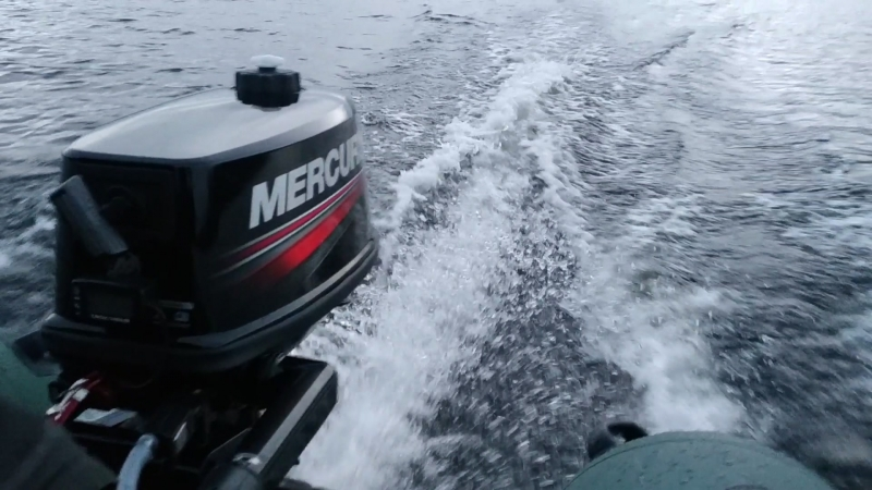 Выход на глиссер лодка Хантер 320 ЛК Комфорт Мотор 5 л.с. скорость 24км.ч.
