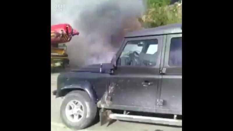 Потушил машину, не дожидаясь пожарных