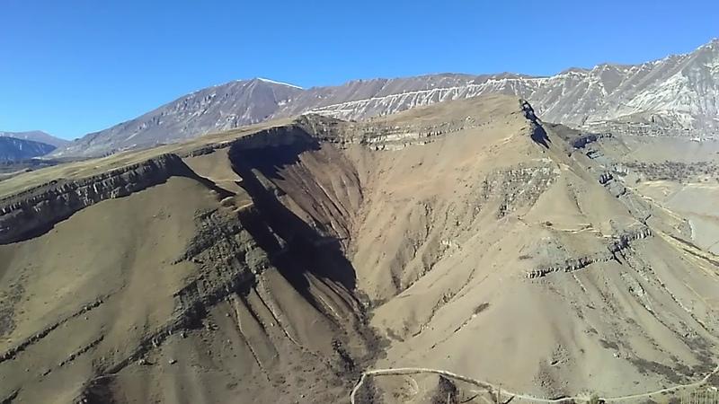 Горы Ботлихского района Дагестана, ноябрь 2018 | вид с перевала Ботлих -Грозный
