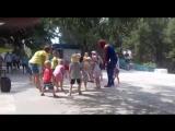 Учим Человека Паука танцевать